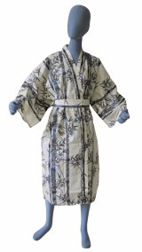 One size fits all / Men's Japanese Robe -takesuzume- White, Cotton, 45in - SPECIAL DISCOUNT